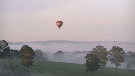 Australia-Yarra-Valley-Sunrise-Balloon-Time-Lapse