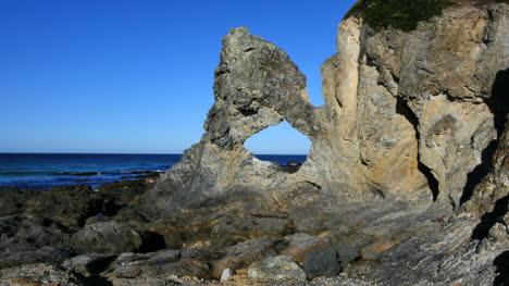 Australia-View-Of-Australia-Rock-With-Distant-Bird