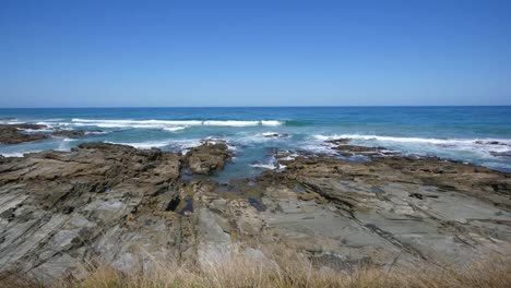 Australia-Great-Ocean-Road-Rocky-Outcrop-And-Sea