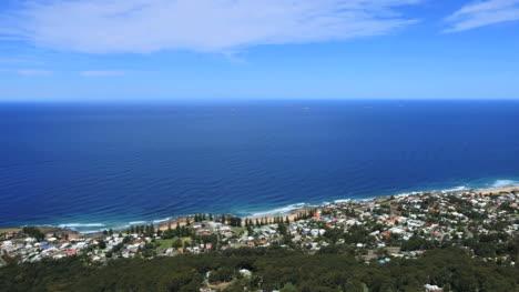 Australia-Illawarra-Escarpment-Looking-Toward-Wollongong-Pan