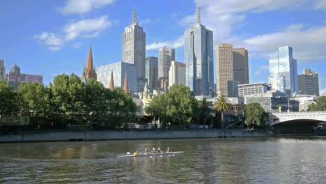 Australia-Melbourne-Boats-Being-Rowed-On-Yarra-River