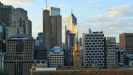 Australia-Melbourne-Evening-Light-On-Skyscraper