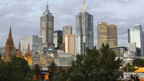 Australia-Melbourne-Evening-Skyline-Pan