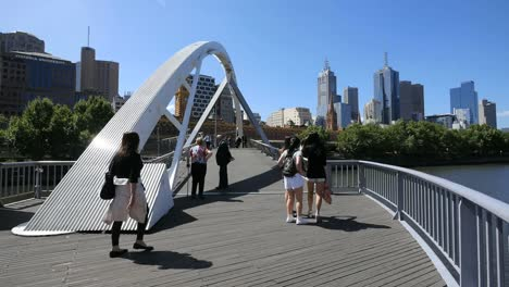 Australia-Melbourne-Foot-Bridge-Yarra-River