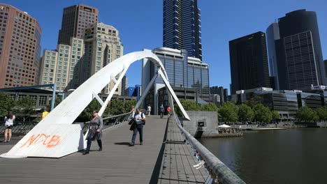 Australia-Melbourne-Foot-Bridge-Arches-Over-Yarra-River