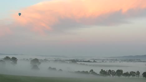 Australia-Yarra-Valley-Sunrise-Balloon-Pan