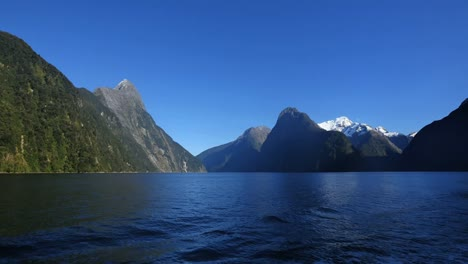 New-Zealand-Milford-Sound-View-With-Snow-On-Peak