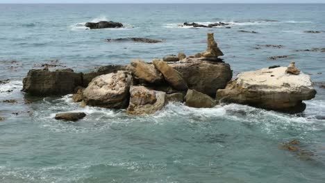 New-Zealand-Shag-Point-Off-Shore-Rocks-With-Fur-Seals