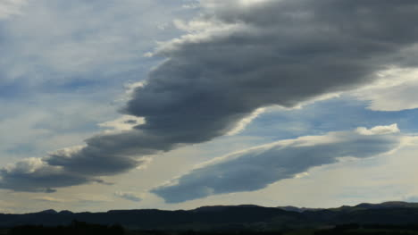 New-Zealand-Clouds-In-Two-Rows