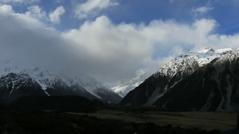 New-Zealand-Clouds-Over-Mt-Cook-Time-Lapse
