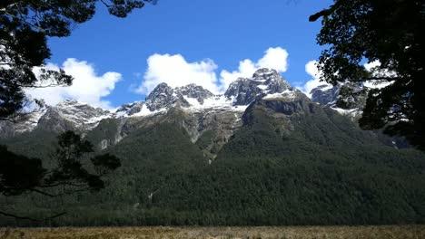 Montañas-De-Nueva-Zelanda-Fiordland