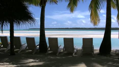 Aitutaki-Chairs-Facing-A-Lagoon