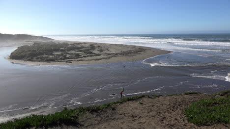 California-Salmon-Creek-Tidal-Bore-Incoming-Tide