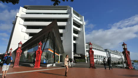 New-Zealand-Auckland-Buildings-And-Pedestrians