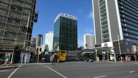 New-Zealand-Auckland-Street-With-Yellow-Bus