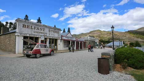 New-Zealand-Old-Cromwell-Town-With-Tourists