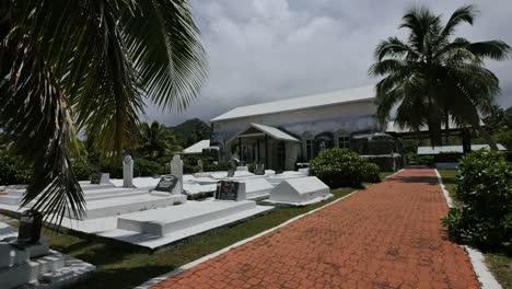 Rarotonga-Cemetery-By-Historic-Church