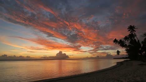 Rarotonga-Sunset-Brilliant-Colors-In-Sky-Time-Lapse