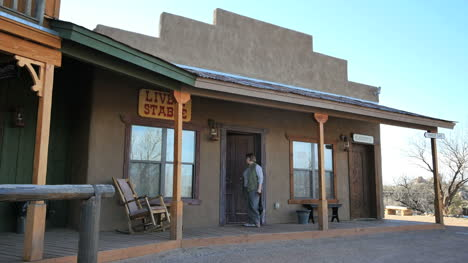 Arizona-Tombstone-Ranch-Hotel-With-Visitors