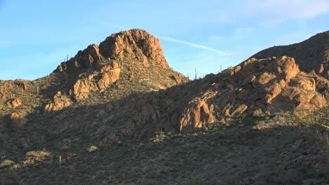 Arizona-Tucson-Mountain-Peak