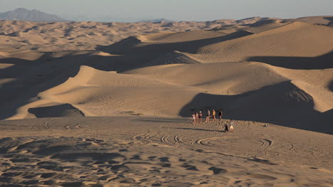 California-Imperial-Dunes-With-Tourists