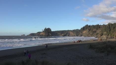California-Trinidad-Town-Beach-Zoom
