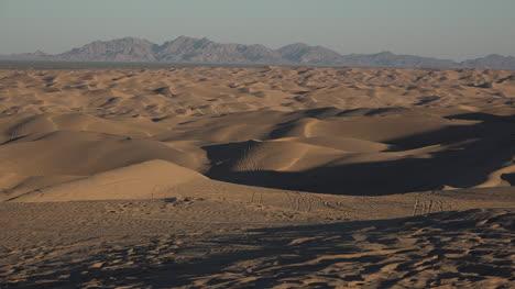 California-Dramatic-View-Of-Dunes
