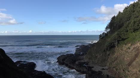 Oregon-Coast-With-View-At-Cape-Perpetua-Sound