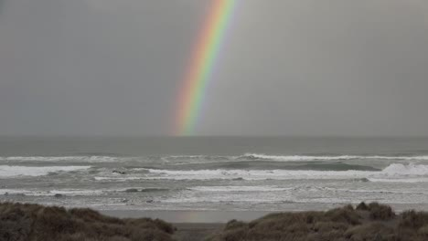 Oregon-Coastal-Rainbow-With-Waves