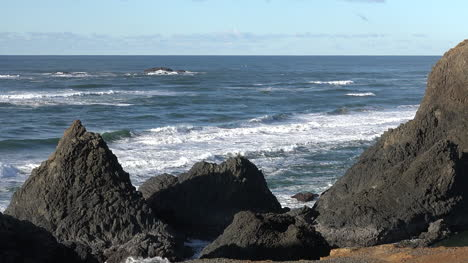 Oregon-Seal-Rocks-Big-Basalt-Rocks-Pan