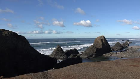 Oregon-Seal-Rocks-From-Above