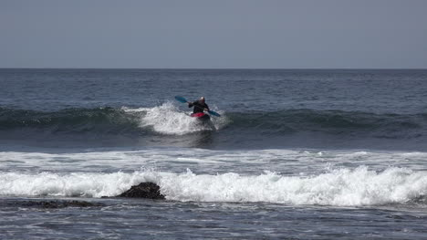 California-Santa-Cruz-Kayak-In-Waves-Slow-Motion