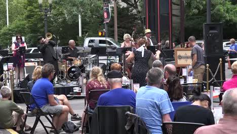 Oregon-Portland-Concert-Hall-Band-Swing-Dance