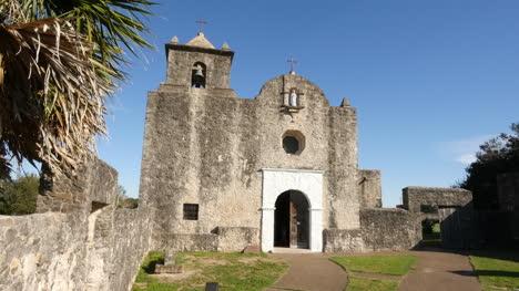 Texas-Goliad-Presidio-La-Bahia-Church-And-Palm-Fringe