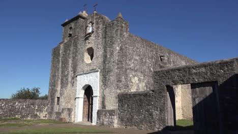 Texas-Goliad-Presidio-La-Bahia-Church-Entry