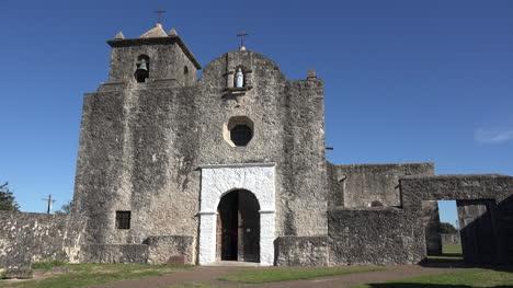 Texas-Goliad-Presidio-La-Bahia-Church-With-Men-Leaving