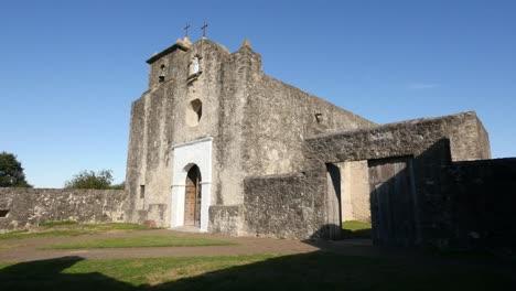Texas-Goliad-Presidio-La-Bahia-Church