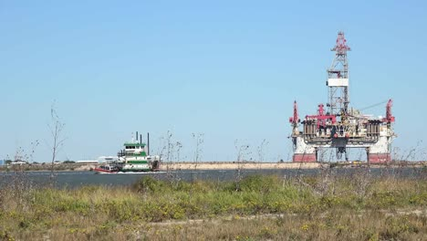 Texas-Port-Aransas-Work-Boat-And-Oil-Drilling-Platform