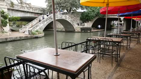 Texas-San-Antonio-River-Walk-Barge-And-Tables