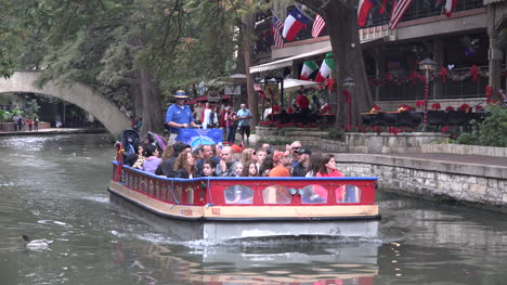 Texas-San-Antonio-River-Walk-Barge-Goes-By