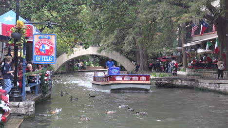 Texas-San-Antonio-River-Walk-Barge-Moves-On-River