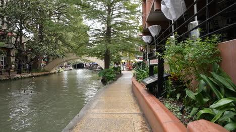 Texas-San-Antonio-View-Along-River-Walk