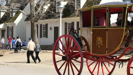 Virginia-Colonial-Williamsburg-Horse-And-Carriage