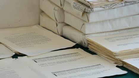 Virginia-Colonial-Williamsburg-Papers-On-Desk-Zoom