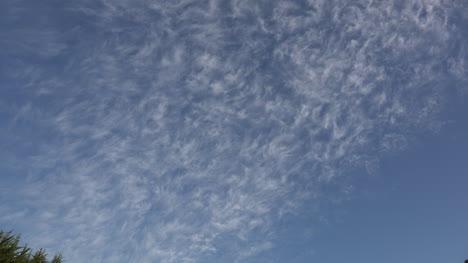Chile-Nubes-Altas-Se-Acerca