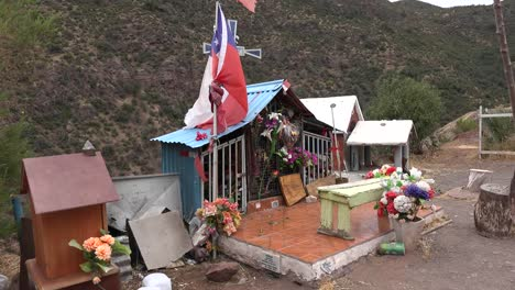 Chile-Roadside-Shrine-With-Flag