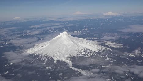 Oregon-Mount-Hood-From-Air