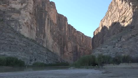 Texas-Big-Bend-Santa-Elena-Canyon-View