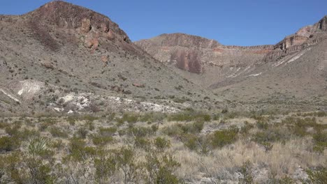 Texas-Big-Bend-Desert-Mesa-Scene-Pan-Left