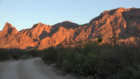 Texas-Big-Bend-Rugged-Mountain-In-Evening-Pans